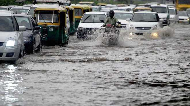 How to drive safe in Monsoon