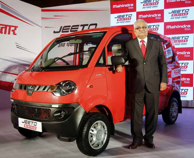 Mahindra launches Jeeto at Rs 3.45 lakh